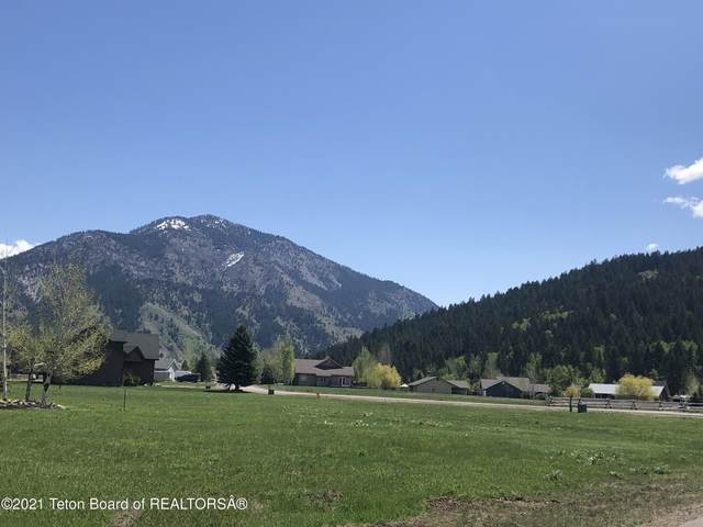 760 Riverview Dr, Alpine, WY 83128 (MLS #21-1620) :: Coldwell Banker Mountain Properties