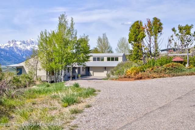 570 N Ridge View Dr, Jackson, WY 83001 (MLS #21-1771) :: Coldwell Banker Mountain Properties