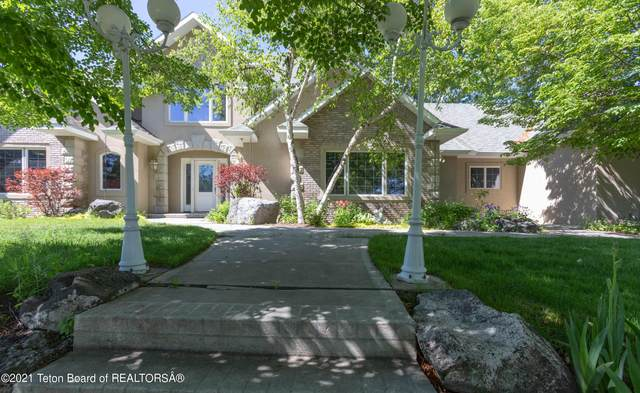 275 S 900 W, Blackfoot, ID 83221 (MLS #21-1986) :: Coldwell Banker Mountain Properties