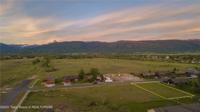 922 Paiute St, Driggs, ID 83422 (MLS #21-2203) :: Coldwell Banker Mountain Properties
