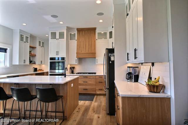 4427 Sweet Home Dr, Victor, ID 83455 (MLS #21-2215) :: West Group Real Estate
