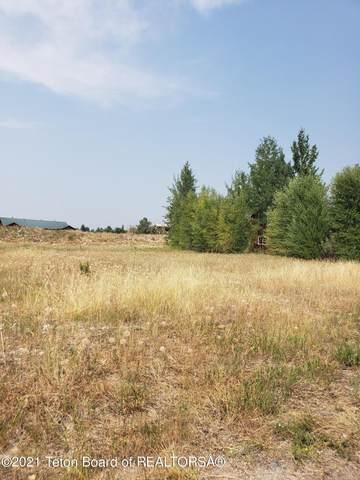 1836 Targhee Ridge Dr, Driggs, ID 83422 (MLS #21-2712) :: Coldwell Banker Mountain Properties