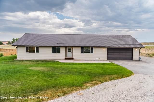 14 W Flintlock Ln, Pinedale, WY 82941 (MLS #21-2822) :: Coldwell Banker Mountain Properties
