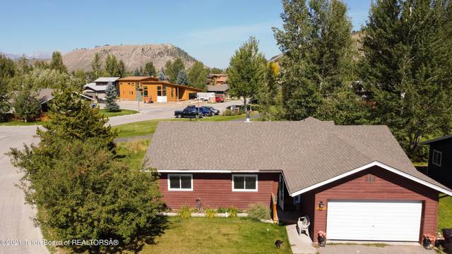 3071 Rangeview Dr., Jackson, WY 83001 (MLS #21-3388) :: West Group Real Estate