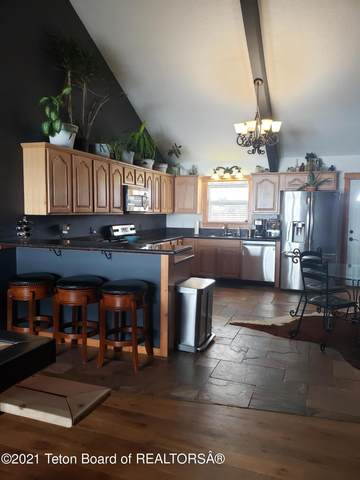 135 Meadowood St, Pinedale, WY 82941 (MLS #21-538) :: West Group Real Estate