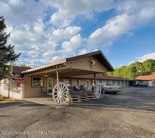 407 Pine St, Pinedale, WY 82941 (MLS #21-876) :: West Group Real Estate