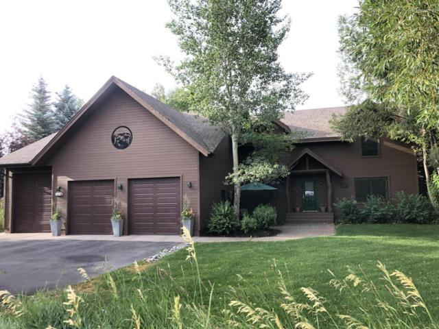 4065 Sandy Creek Ln, Jackson, WY 83001 (MLS #19-1881) :: West Group Real Estate