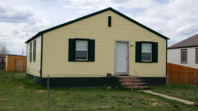 7 Taylor Ave, Marbleton, WY 83113 (MLS #19-295) :: The Group Real Estate