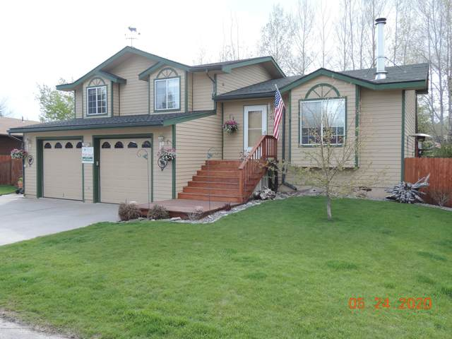 3045 Mountain View Ln, Jackson, WY 83002 (MLS #20-158) :: West Group Real Estate