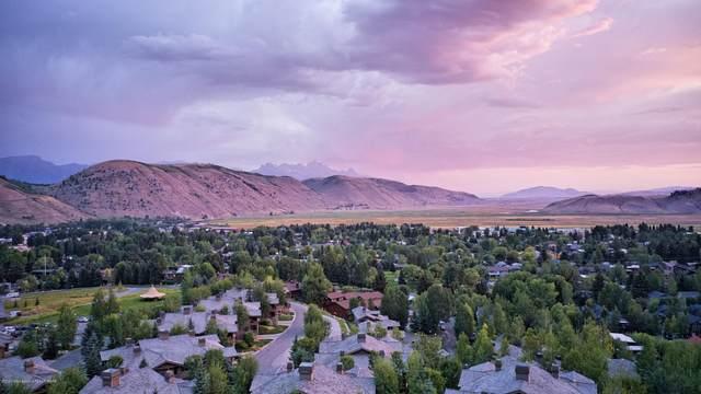 553 Upper Snow King Loop, Jackson, WY 83001 (MLS #20-2396) :: West Group Real Estate