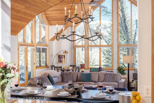 3030 N White Pine Lane, Wilson, WY 83014 (MLS #21-3604) :: West Group Real Estate