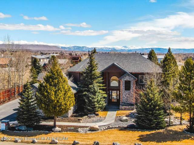 205 Tee Cir, Pinedale, WY 82941 (MLS #21-565) :: West Group Real Estate