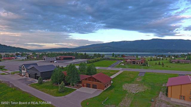 79 Alpine Village Circle, Alpine, WY 83128 (MLS #21-83) :: West Group Real Estate