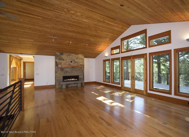 3775 Morley Drive, Teton Village, WY 83025 (MLS #16-2973) :: Sage Realty Group
