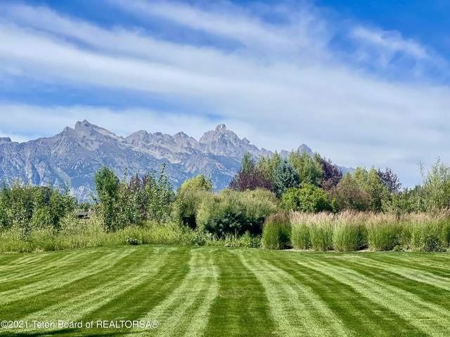 165 Huckleberry Dr, Jackson, WY 83001 (MLS #21-2850) :: West Group Real Estate