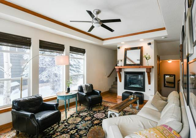 524 E Kelly Ave, Jackson, WY 83001 (MLS #20-286) :: West Group Real Estate
