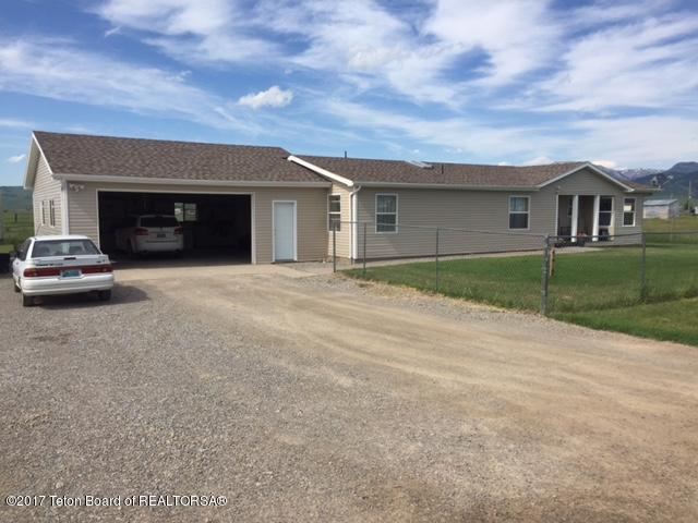 176 Worton Ln, Auburn, WY 83111 (MLS #17-1770) :: West Group Real Estate
