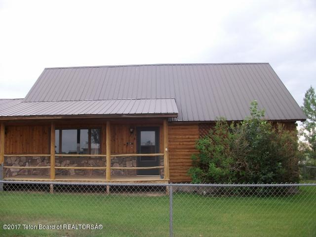 515 5TH St, Marbleton, WY 83113 (MLS #17-2104) :: Sage Realty Group