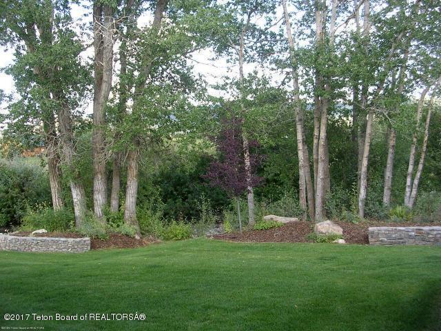 231 & 233 Abby Loop, Victor, ID 83455 (MLS #17-2514) :: West Group Real Estate