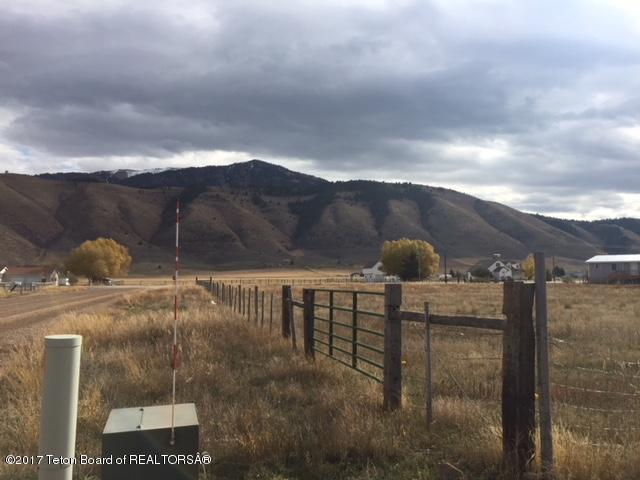 County Rd 405 S Hialeah Rd, Afton, WY 83110 (MLS #17-3047) :: West Group Real Estate