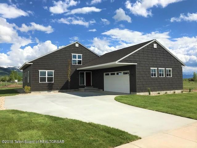 1142 Wind River Trail, Driggs, ID 83422 (MLS #18-1426) :: Sage Realty Group