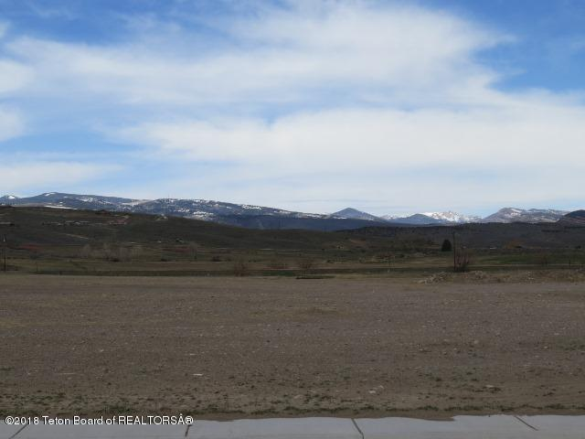 895 Robinson Drive, Lander, WY 82520 (MLS #18-2291) :: Sage Realty Group