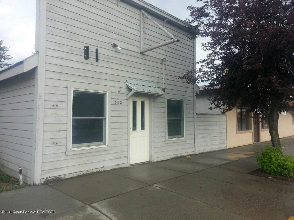 382 Main St - Photo 1
