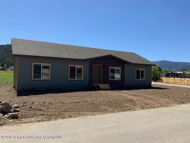 186 Canyon View Dr, Alpine, WY 83128 (MLS #19-3113) :: West Group Real Estate