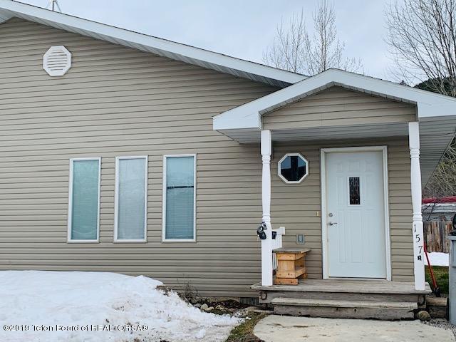 157 Alpine Drive B, Alpine, WY 83128 (MLS #19-725) :: West Group Real Estate