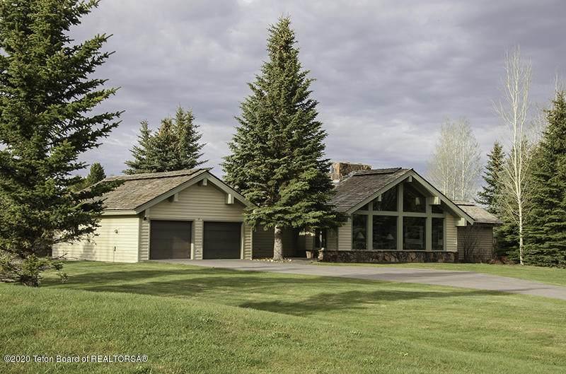 670 Sagebrush Drive - Photo 1