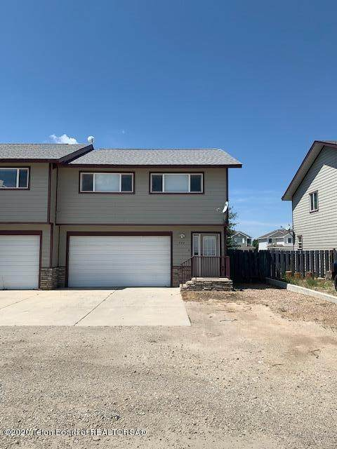 384 Cole Ave, Pinedale, WY 82941 (MLS #20-2165) :: Sage Realty Group