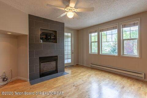 1325 S Hwy 89 #204, Jackson, WY 83002 (MLS #20-2828) :: West Group Real Estate