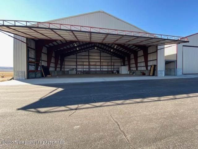 HANGAR 25 Ralph Wenz Airport - Photo 1