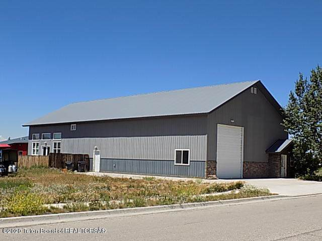 104 Country Club Ln, Pinedale, WY 82941 (MLS #20-428) :: Sage Realty Group