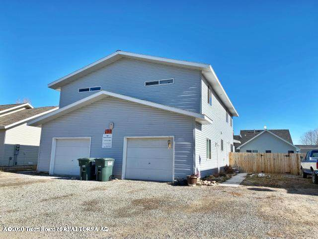325 & 327 Cole Avenue, Pinedale, WY 82941 (MLS #20-530) :: Sage Realty Group