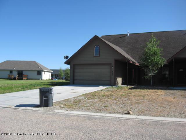 825 Austin Lane, Pinedale, WY 82941 (MLS #16-1597) :: West Group Real Estate
