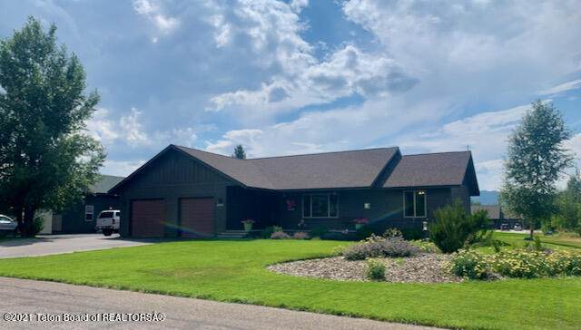 8224 Brown Trout Bend, Victor, ID 83455 (MLS #21-2817) :: Coldwell Banker Mountain Properties