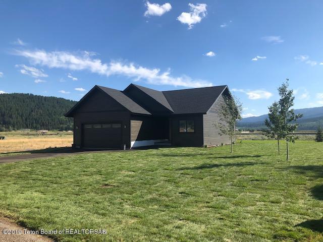 515 Aster Loop, Alpine, WY 83128 (MLS #19-1508) :: The Group Real Estate