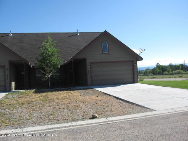 823 Austin St, Pinedale, WY 82941 (MLS #16-1596) :: West Group Real Estate