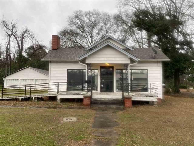 1504 N Robison Rd., Texarkana, TX 75501 (MLS #104468) :: ScaleSpace Realty