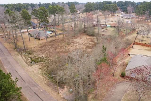 2706 Sarah Circle, Texarkana, TX 75503 (MLS #106389) :: Better Homes and Gardens Real Estate Infinity