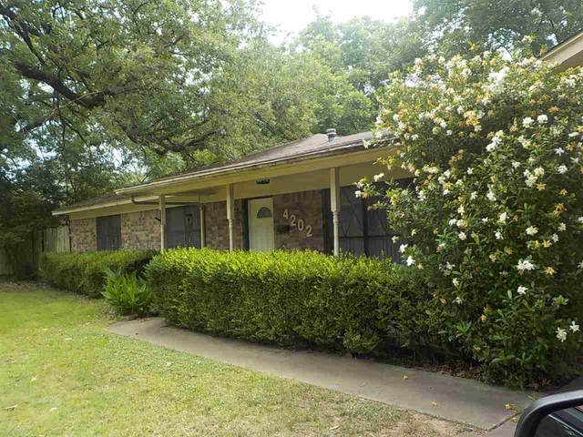 4202 Wood Street, Texarkana, TX 75503 (MLS #106410) :: Better Homes and Gardens Real Estate Infinity