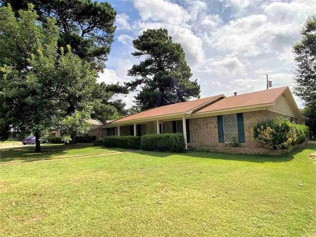10 Holiday Ln, Texarkana, TX 75503 (MLS #107190) :: Better Homes and Gardens Real Estate Infinity