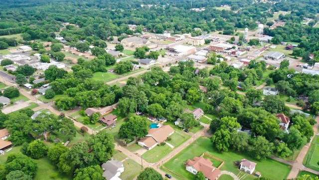 402 North Smithland Street, Linden, TX 75563 (MLS #107250) :: Better Homes and Gardens Real Estate Infinity