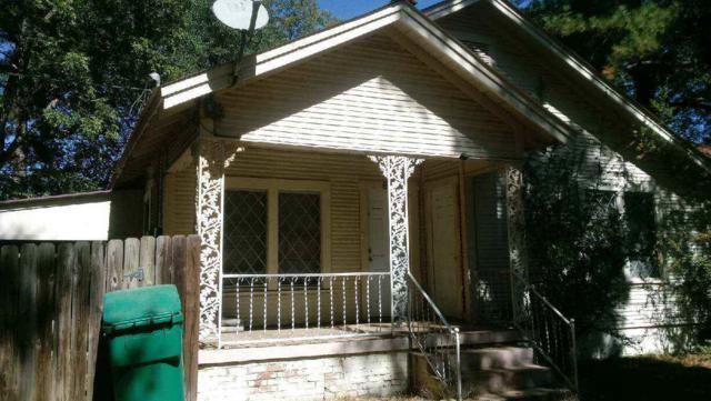 303 E Thomas, Atlanta, TX 75551 (MLS #99440) :: Coldwell Banker Elite