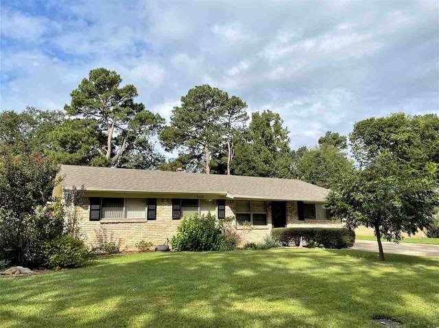 3403 Dogwood St, Texarkana, AR 71854 (MLS #107985) :: Better Homes and Gardens Real Estate Infinity