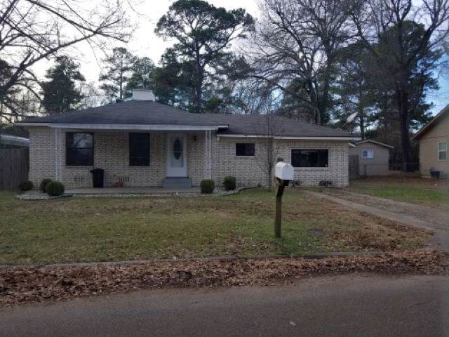 301 Victory Plc, Wake Village, TX 75501 (MLS #104260) :: ScaleSpace Realty