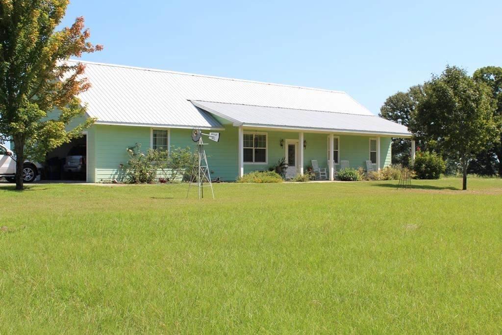 1604 County Road 3115 N - Photo 1