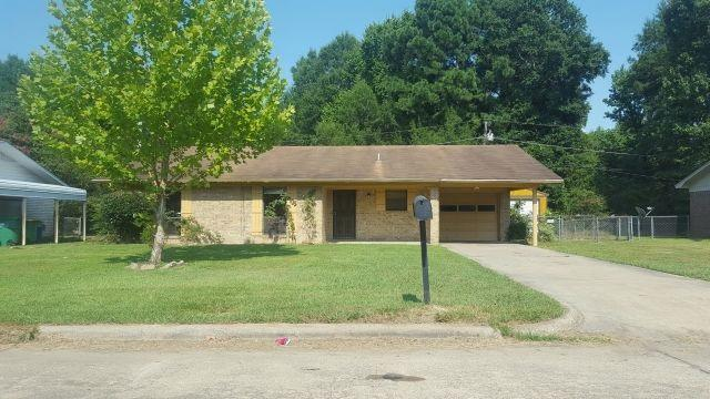 2105 Handley, Texarkana, TX 75501 (MLS #99619) :: Coldwell Banker Elite