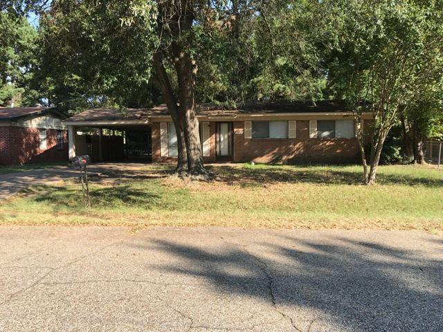 706 Hillview, Texarkana, TX 75501 (MLS #99620) :: Coldwell Banker Elite